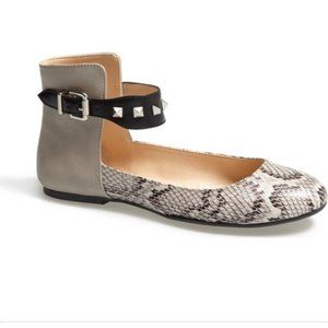 Jessica Simpson Munney Flats snake skin print